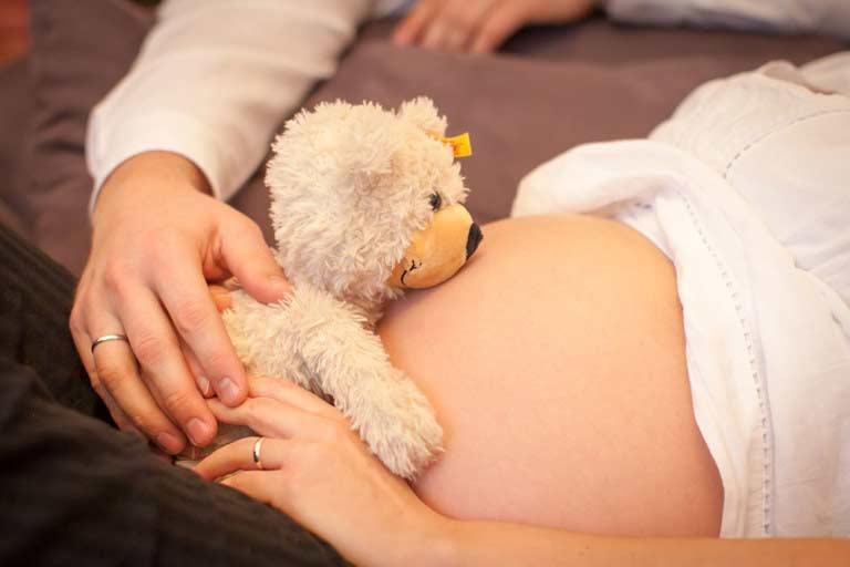 Babybauchfoto – Babybauch Fotograf Schöneberg